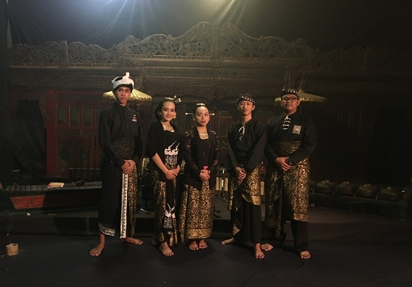 Mahasiswa ISI Solo tampil di Festival Gugak Indonesia 2021. (Istimewa)