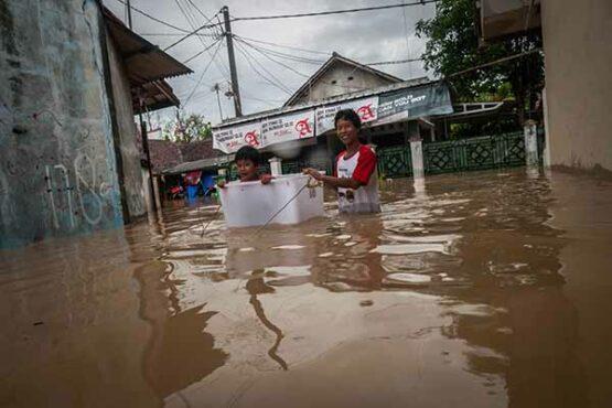 Begini Kondisi Ratusan Rumah Warga Terendam Banjir di Rangkasbitung Baten