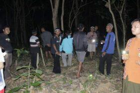 Hiii.... Tebing Sungai di Karangmalang Sragen Ini Diduga Jadi Sarang Ular Piton