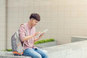 Aplikasi Pinjaman Uang Online yang Cocok Bagi Fresh Graduate