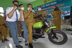Inilah Motor Hasil Rancangan Dua Siswa Penyandang Tunarungu di Serang Banten