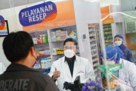 Pantau Stok Obat, Erick Thohir Layani Pembeli di Kimia Farma