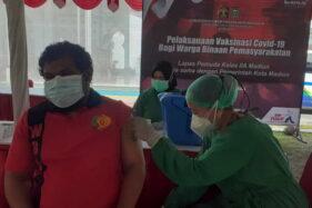 750 Napi di Lapas Pemuda Madiun Disuntik Vaksin AstraZeneca