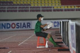 Prokes Ketat Liga 2, Bola Disemprot Disinfektan Saat Laga Berlangsung