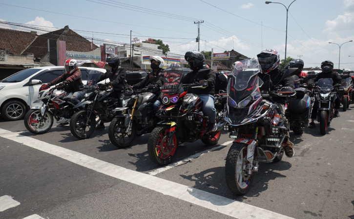 Keseruan Touring Laki dan Ngoprek Bareng Komunitas Honda CB150R Streetfire di Jateng