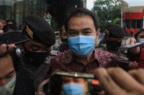 Mengaku Lagi Isoman, Azis Syamsuddin Mangkir Panggilan KPK