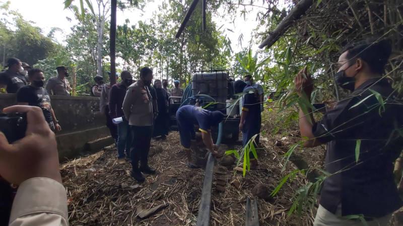 Polres Sukoharjo menggelar gelar perkara kasus pembuangan limbah produksi ciu di Dukuh Plampang, Desa Ngombakan, Kecamatan Polokarto, Jumat (17/9/2021). (Solopos/ Indah Septiyaning Wardani)
