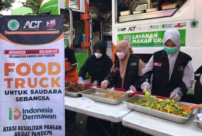 Food Truck ACT Mampir di Sragen, Bagikan Makanan Gratis bagi Peserta Vaksinasi