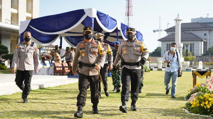 Kapolda Jateng, Irjen Pol Ahmad Luthfi, saat apel gelar pasukan Operasi Patuh Candi 2021 di Mapolda, Kota Semarang, Senin (20/9/2021).(istimewa)