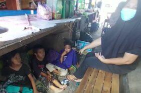 Tak Kuat Bayar Indekos, Pasutri dan 8 Anak di Sukoharjo Tinggal di Kolong Gerobak Hik