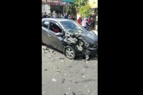 Duarrr! Mobil Rombongan Warga Karawang Tabrakan dengan Truk di Klego Boyolali