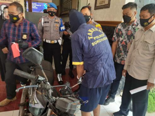 Bermodal Seragam Loreng, Warga Klaten Curi Aki Motor di Banmati Sukoharjo
