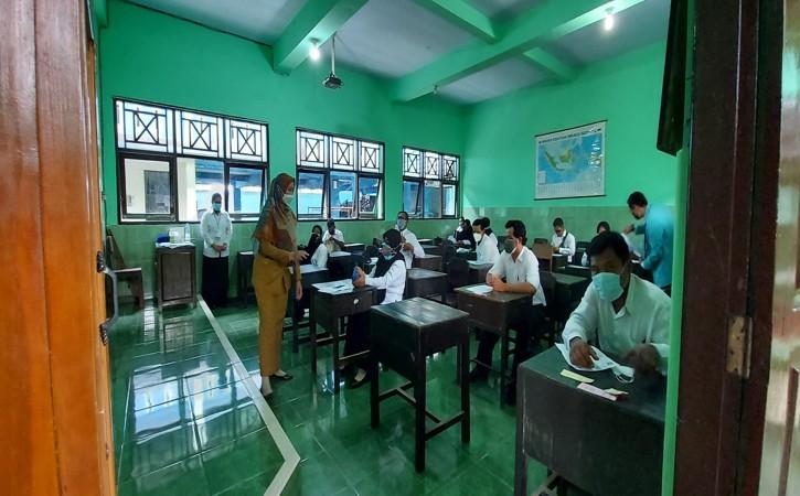 Pengumuman Hasil Tes PPPK Guru di Karanganyar Diundur Lur, Ini Penyebabnya