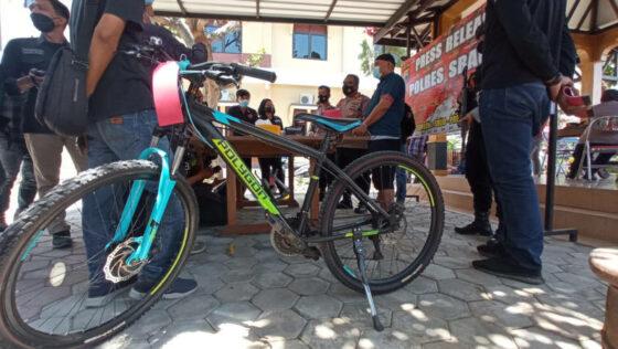 Tukang Rosok di Sragen Ditangkap Polisi Gara-Gara Curi Sepeda Seharga Jutaan Rupiah