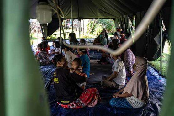 Gempa Swarm Salatiga-Ambarawa, Warga Bertahan di Tenda Pengungsian