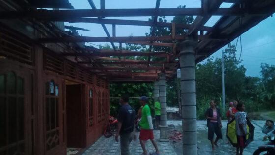 Diterjang Angin Kencang, Empat Rumah Warga Sukodono Sragen Rusak