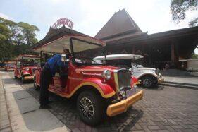 Mobil Listrik Siap Keliling Wisata Solo, Masa Uji Coba Gratis Lho!