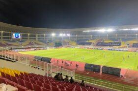 Babak I Selesai, PSS Sleman Unggul 1-0 Atas Persib Bandung