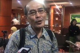 Faisal Basri Sebut Kereta Cepat Jakarta-Bandung Proyek Mubazir
