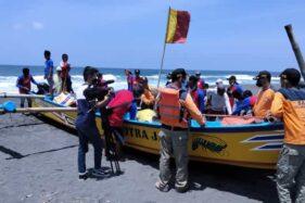 20 Perahu TPI Kulonprogo Berlomba Tangkap Ikan, Kampanye Jogo Segoroku?