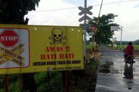 Perlintasan KA Bedowo Sudah Berpintu Palang, Tapi Tak Ada yang Jaga