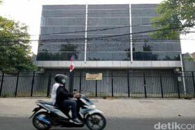 Ini Penampakan Kantor Pinjol Ilegal di Surabaya Usai Digerebek Polisi