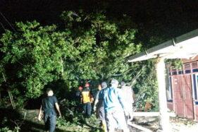 Angin Kencang yang Rusak 20 Rumah di Sragen, La Nina Sudah Datang?