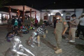 Lagi! Satpol PP Semarang Razia PGOT, 14 Manusia Silver Tertangkap