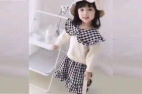 Selebgram Cilik Ditendang Ibunya Saat Pemotretan, Netizen Geram