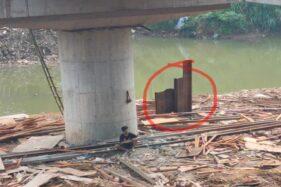 Disebut Ada Makhluk Gaib, Tiang Proyek Jembatan Nambangan Gagal Dicabut